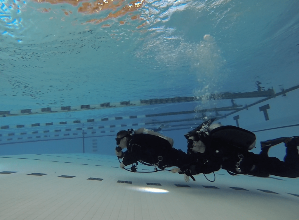 NAUI Intro to Tech Students Air Share