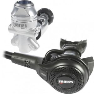Mares Abyss 22 Navy II Regulator sealed first stage yoke with black second stage on short hose