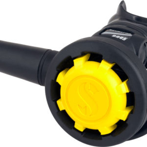 scubapro r095 octopus regulator with yellow cover and yellow hose
